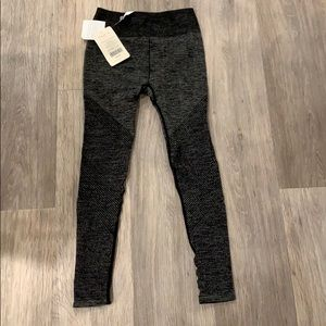 Brand new Fabletics seamless pants